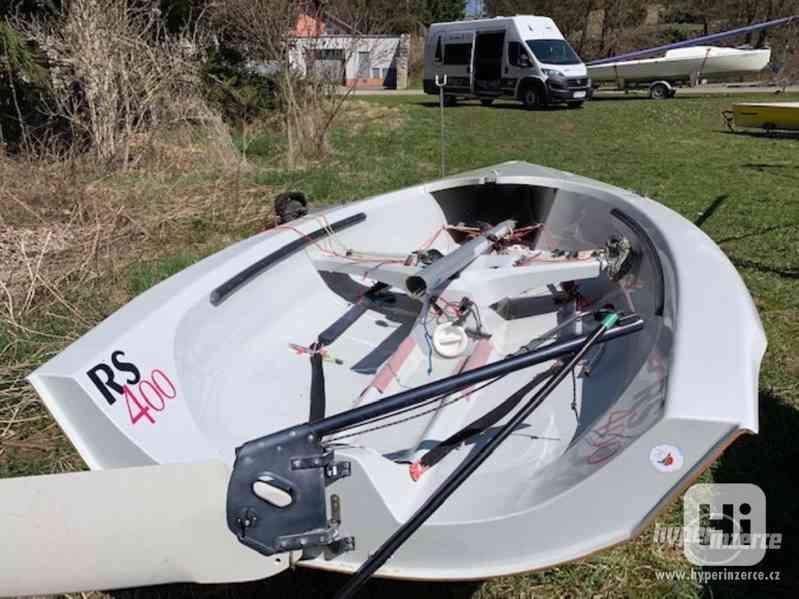 Sportovní plachetnice RS400 - foto 5