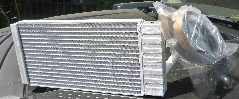 Hummer H3 výměník topení