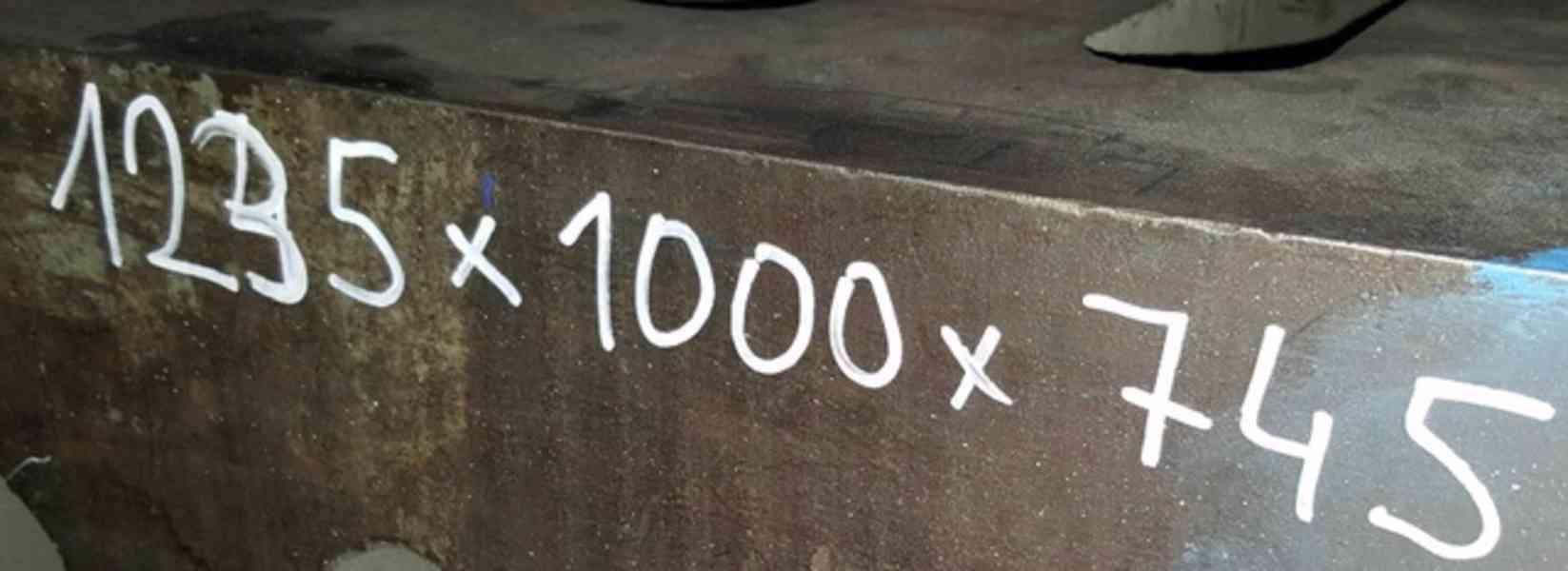 Kostka upínací litinová - 2 kusy 1235x990x740 (10536.) - foto 3