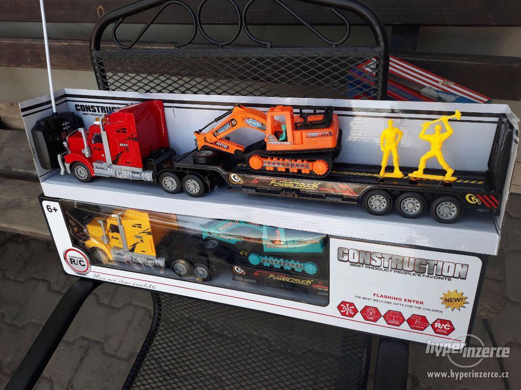 399KČ  R/C model Kamion Truck Max + BAGR  DELKA 63CM - foto 1