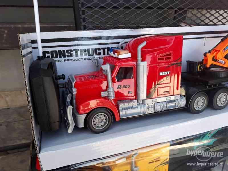 399KČ  R/C model Kamion Truck Max + BAGR  DELKA 63CM - foto 4