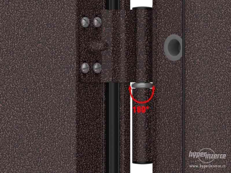 Vchodové dveře z pozinkované oceli - foto 4