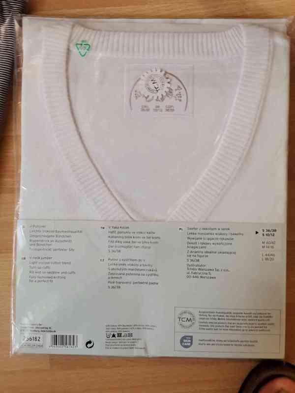 Dámský svetr bílý Pulovr s výstřihem do V - foto 1