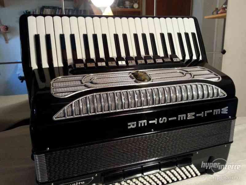 Prodám akordeon zn. WELTMEISTER supito 120b 11+5b - foto 2