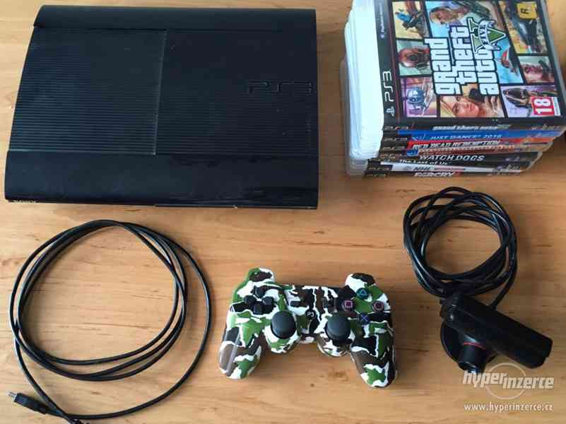 PlaySation 3 Super Slim + PS3 Eye kamera a 8 her