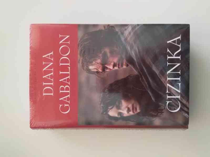 Cizinka- Diana Gabaldon, nová kniha