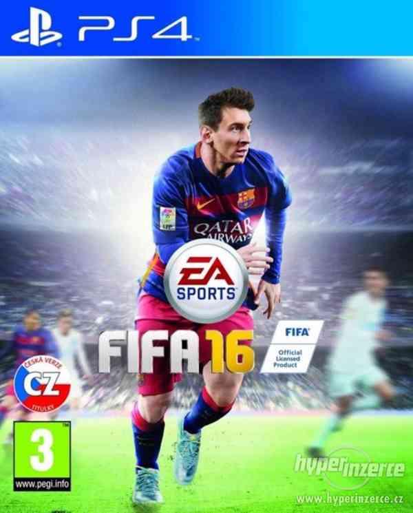 Hra FIFA 16 na PS4