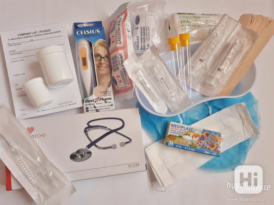 Doktorské vybavení s funkčním stetoskopem - foto 1