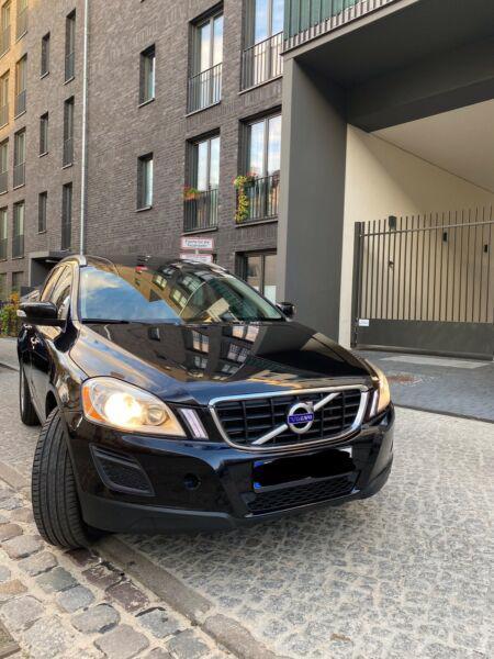Volvo XC60 T5 benzín 177kw - foto 6