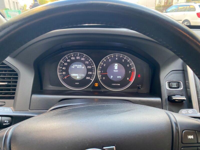 Volvo XC60 T5 benzín 177kw - foto 11
