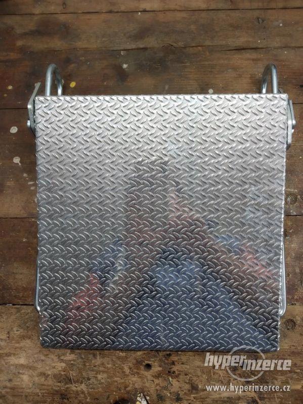 odkládací a pomocný stupeň k žebříku Krause - foto 1