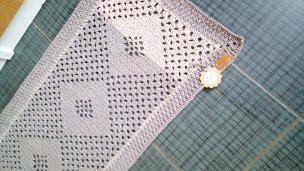 Ručně háčkovaný kobereček - foto 2