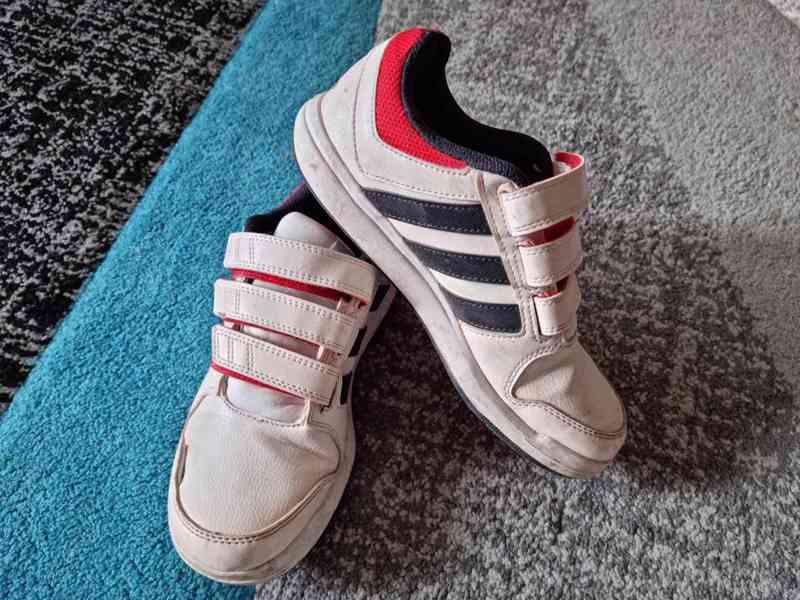 Dětské chlapecké boty Adidas a Reebok vel. 34 - foto 8