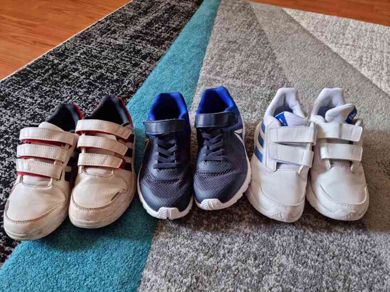 Dětské chlapecké boty Adidas a Reebok vel. 34