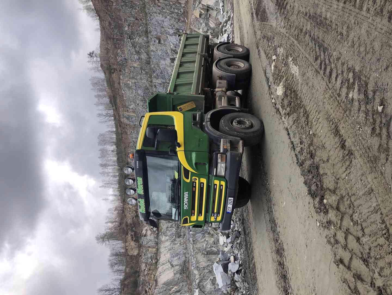 Přijmeme řidiče na nákladní vozidlo Scania sklápěč 6x4 - foto 1