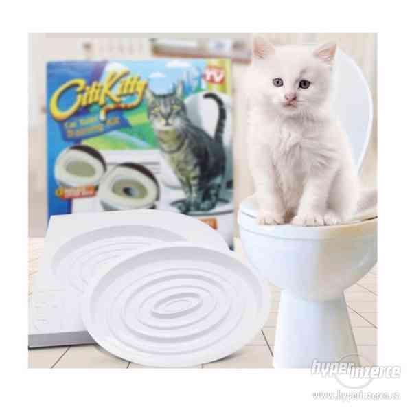Kočičí záchod/prkénko