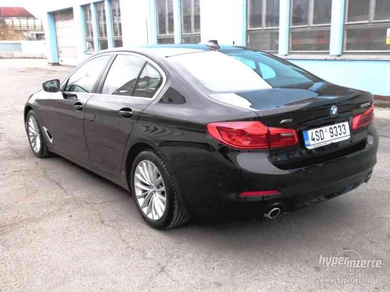 BMW 530d xDRIVE 195 kW AUT 07/2018 ČR KAMERA ADAPT.LED DPH - foto 3