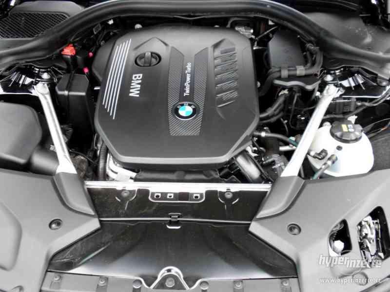 BMW 530d xDRIVE 195 kW AUT 07/2018 ČR KAMERA ADAPT.LED DPH - foto 19