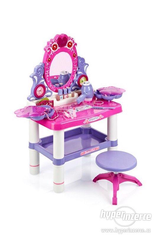 Dětský toaletní stolek s hudbou - nové zboží