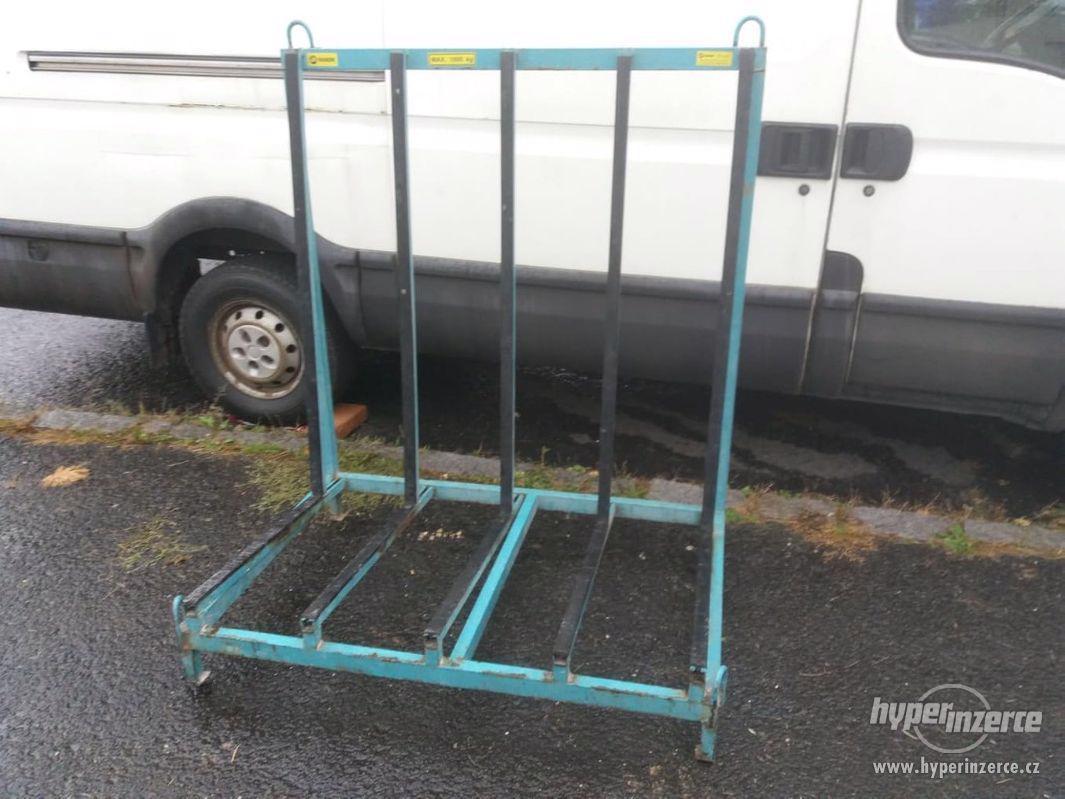 Hliníkový přepravní stojan na sklo - foto 1