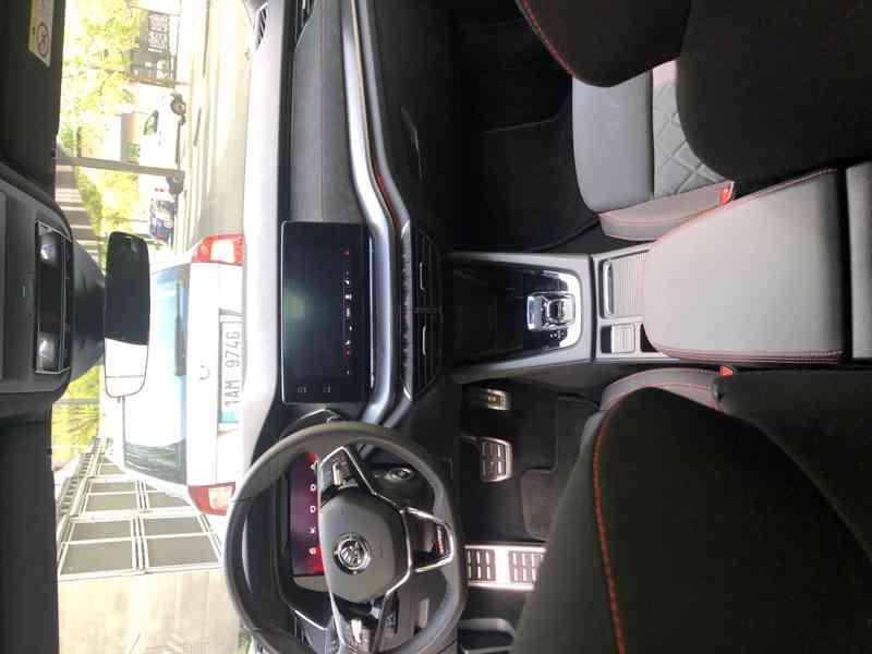 Škoda Octavia RS 2020 - foto 4