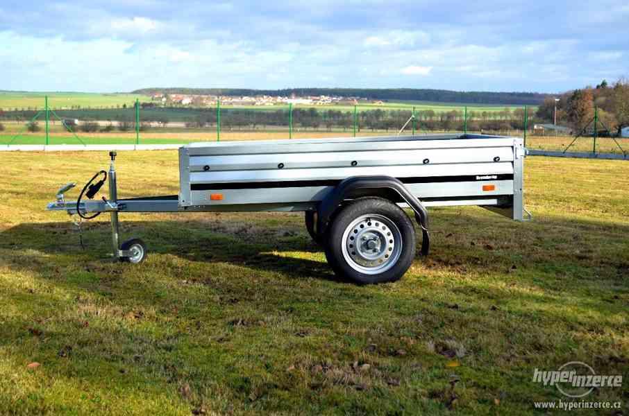Přívěsný vozík 203 x 116 cm 130km/hod
