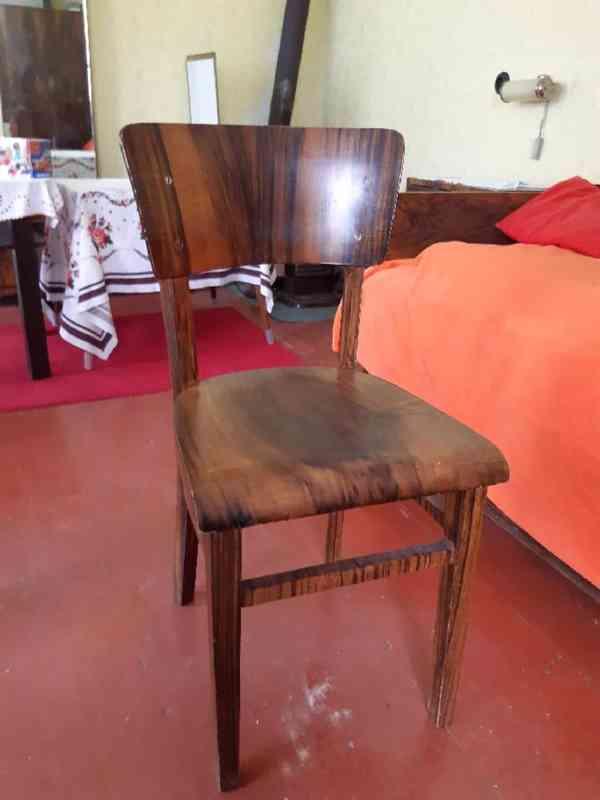 Prodám obývací ložnici, cca r. 1950, masiv, leštěný ořech - foto 5