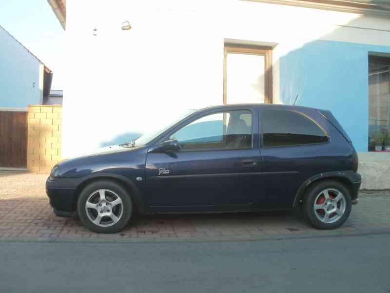 Prodám Opel Corsa 1.4/ 44 KW  R.V. 1996 - foto 7