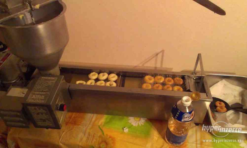 Prodám stroj na výrobu minikoblížků Donuts