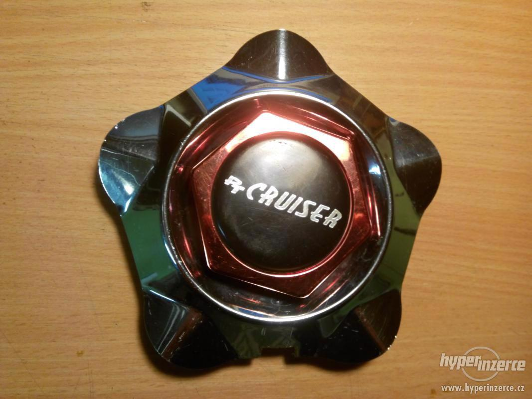 Poklice kola PT Cruiser - foto 1