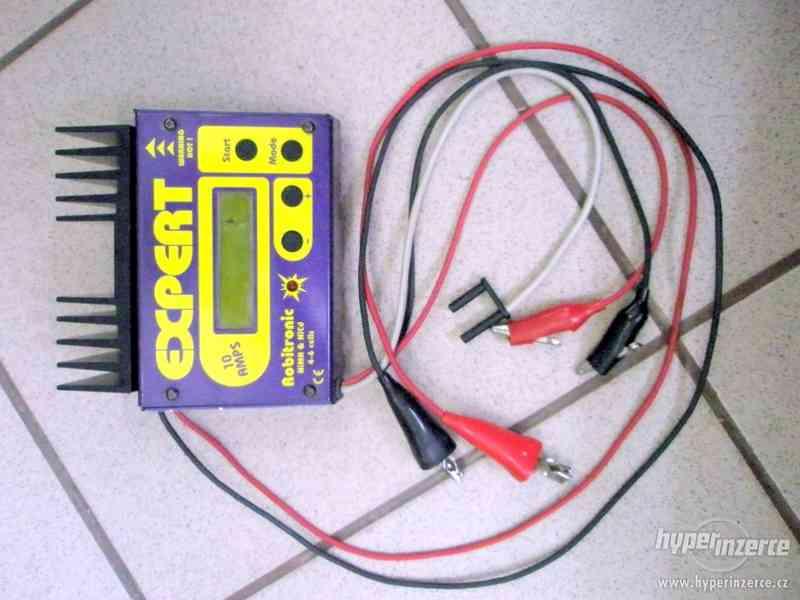 Modelářská nabíječka Robitronic Expert 10AMPS EXP-3P - foto 2