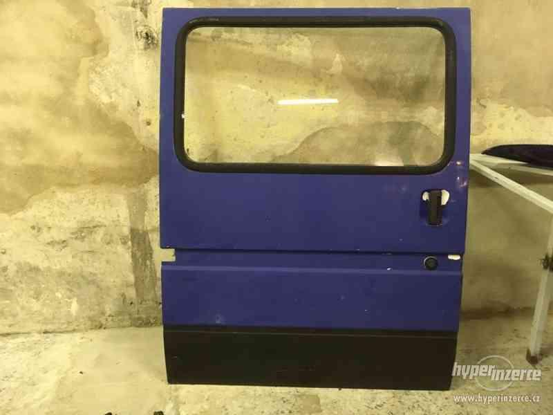 Dveře pravé šoupačky z Ford Transit E - Autobus - foto 2