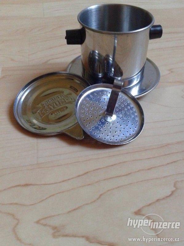 filtry na kávu