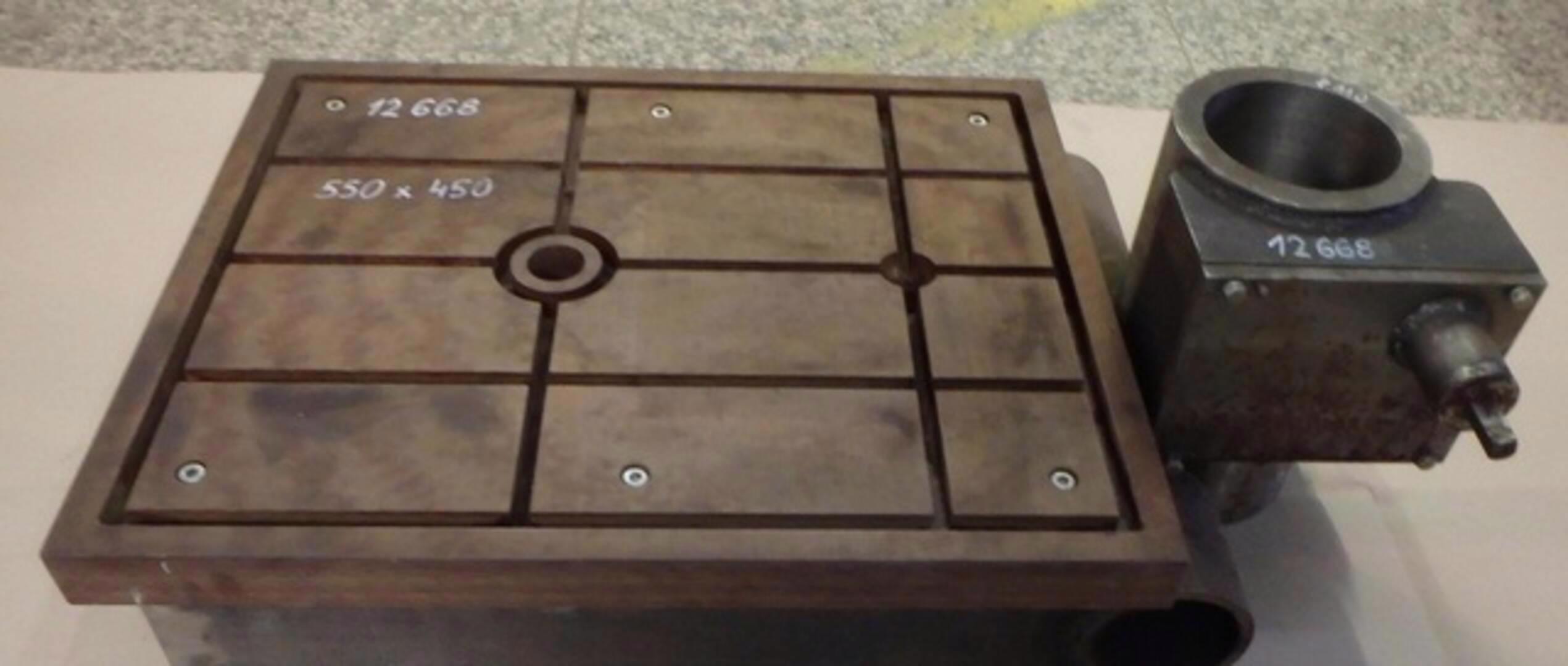 Stůl na vrtačku 550x450 , na průměr sloupu 110 (8465.) - foto 1