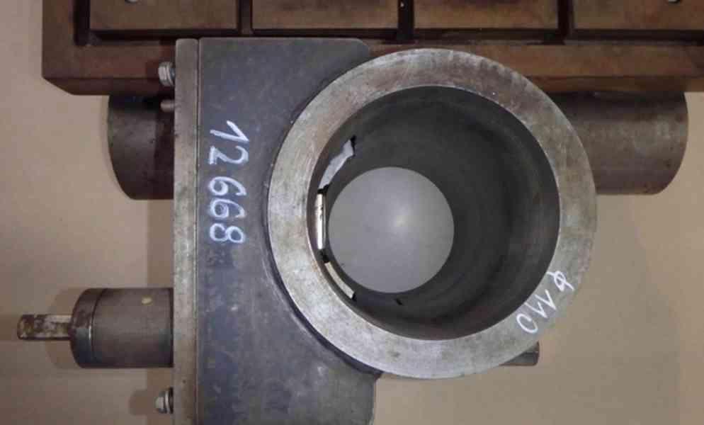 Stůl na vrtačku 550x450 , na průměr sloupu 110 (8465.) - foto 5