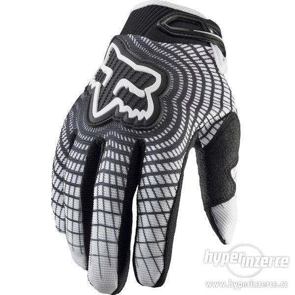 Nové rukavice Fox