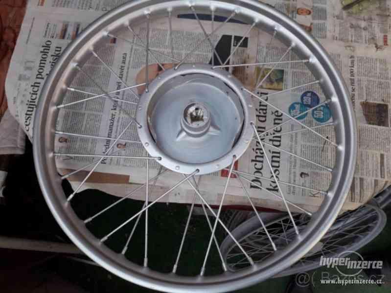 Prodám kolo na 250 pérák rok v. asi 1947 - foto 2