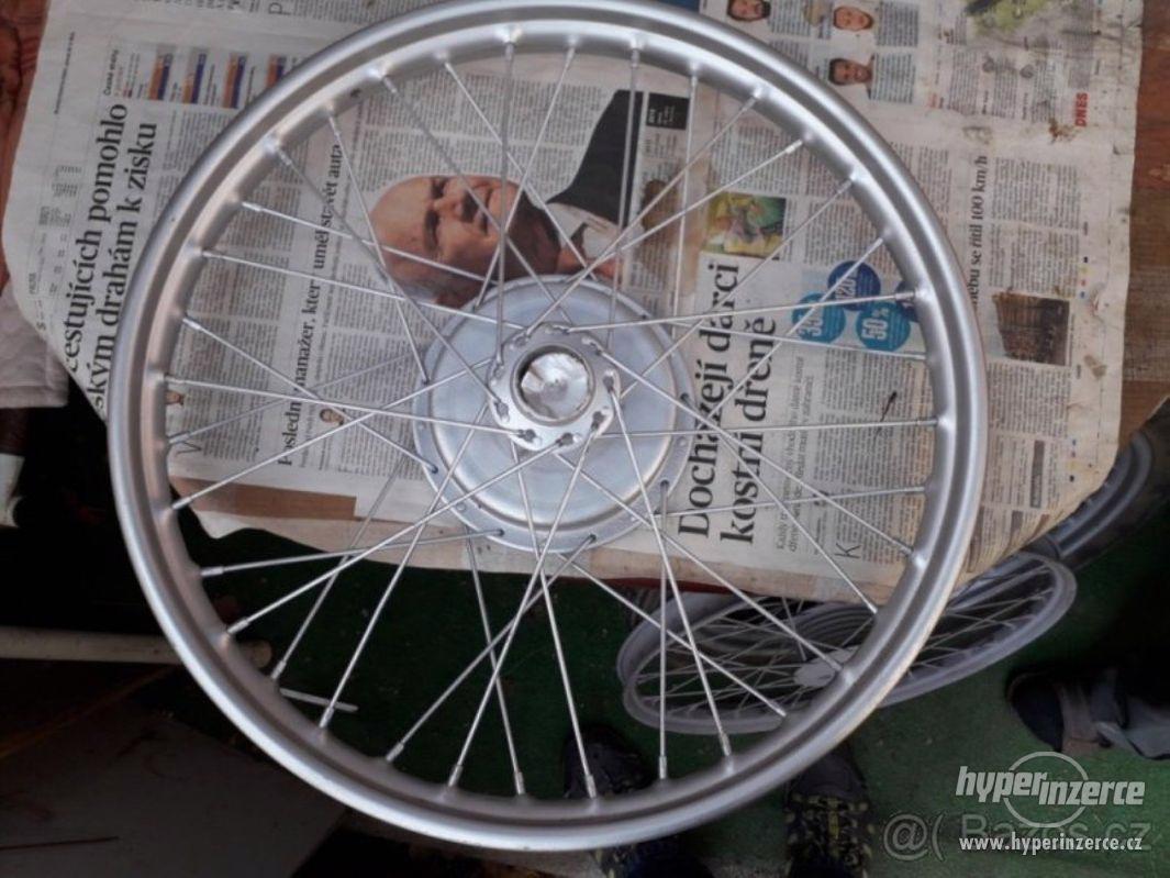 Prodám kolo na 250 pérák rok v. asi 1947 - foto 1