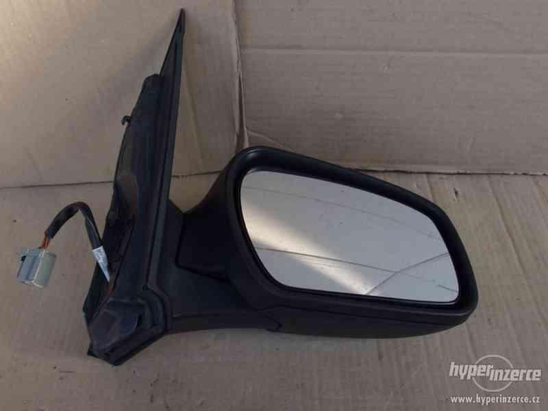 Pravé zpětné zrcátko Ford Focus II - foto 3