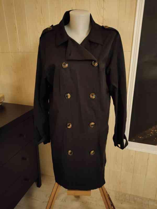 Elegantní černý kabát vel.44