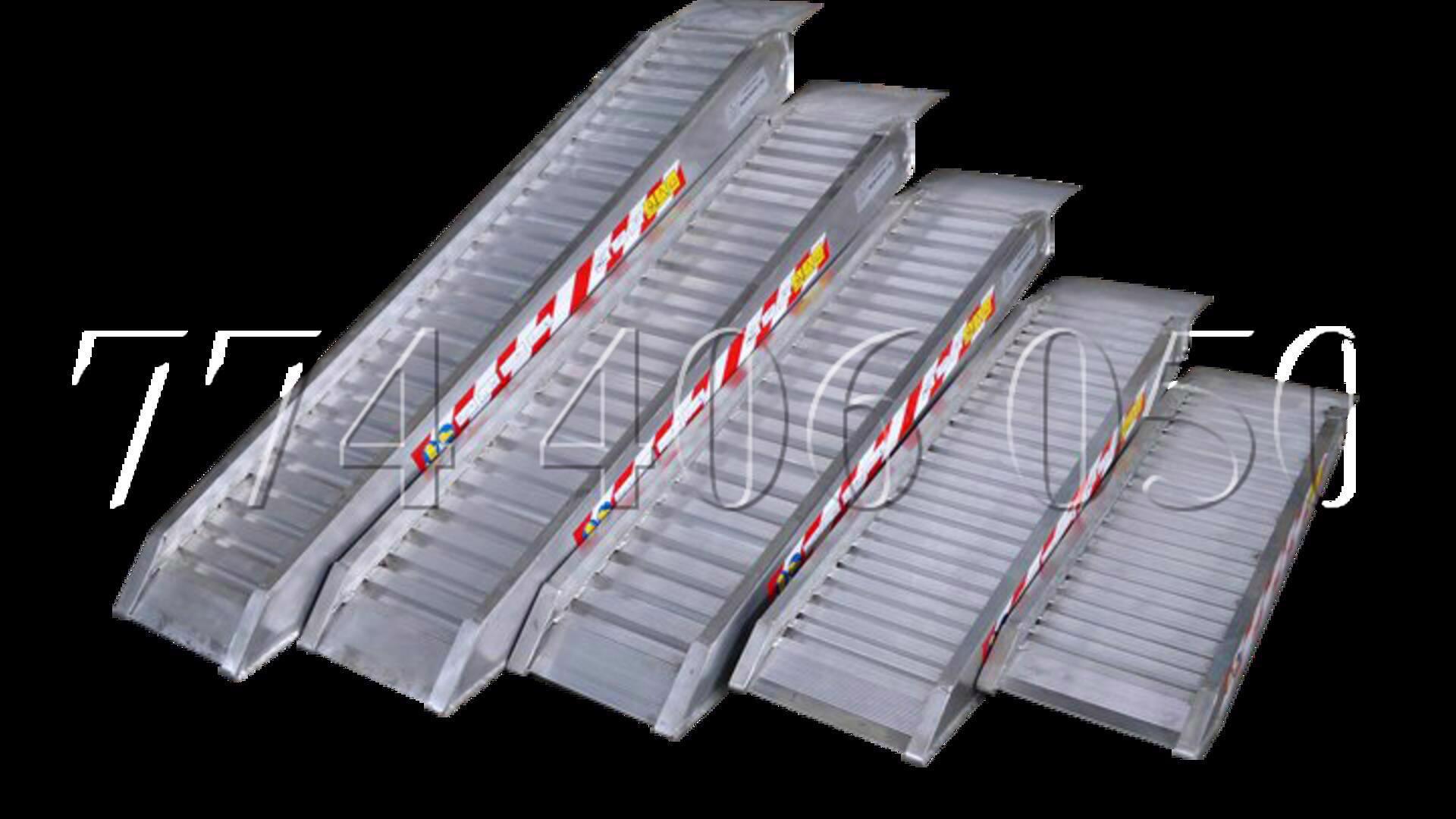 Prodám hliníkové nájezdy, rampy. Nájezdy pro vozíčkáře (OZP) - foto 1
