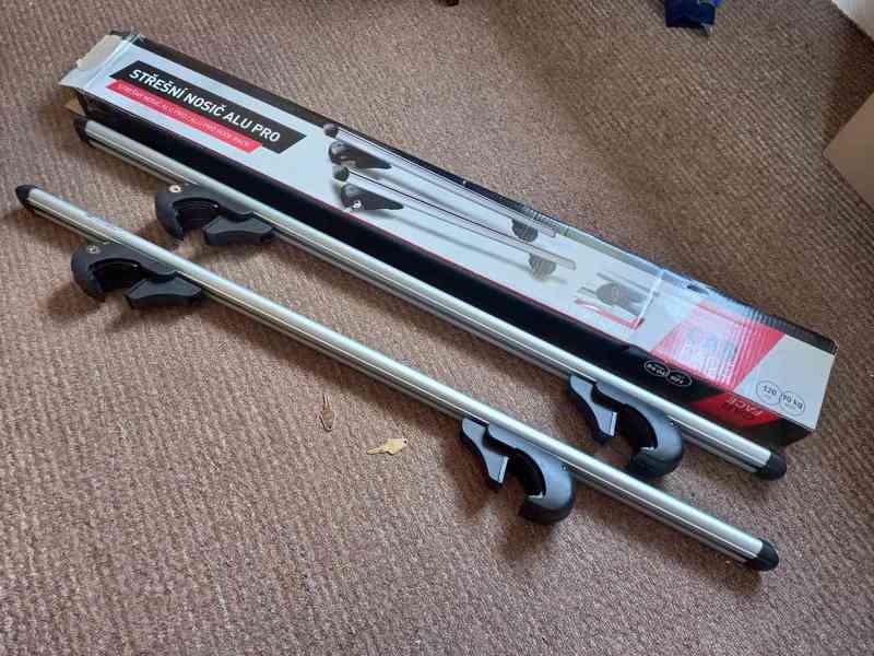 Nový příčný střešní nosič ALU PRO 120 cm