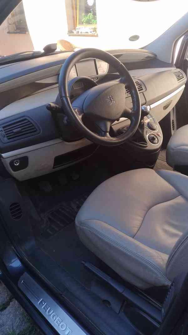 Peugeot 807 2.2hdi 94kW 2006 - foto 8