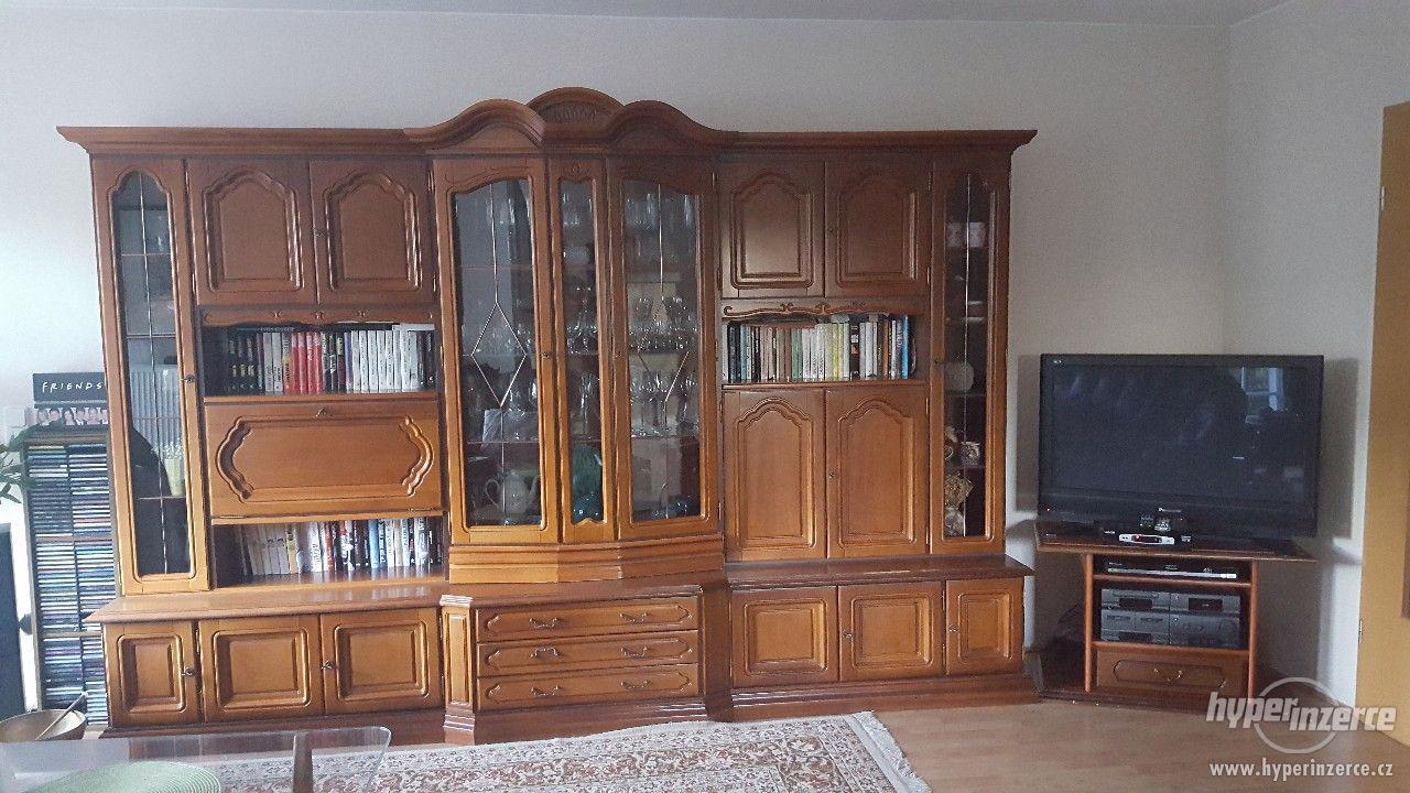 Obývací stěna - foto 1