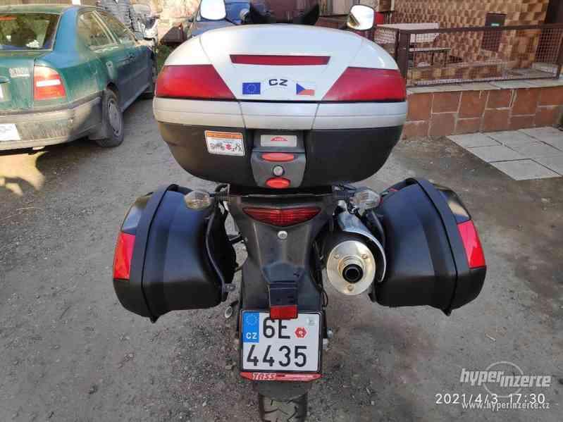 Suzuki V-Strom 650 ABS - foto 10