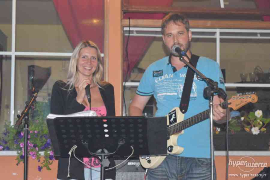 Aleš a Veronika - hudba na Silvestra - foto 3