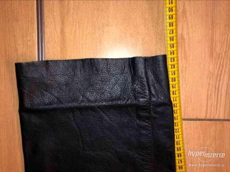 Motorkářské kožené kalhoty - foto 2