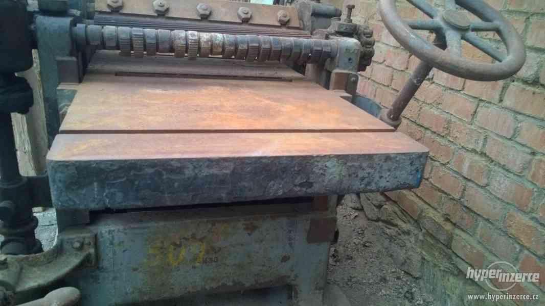 Prodám nefunkční hoblovku na dřevo - foto 2