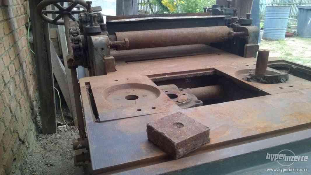 Prodám nefunkční hoblovku na dřevo - foto 6