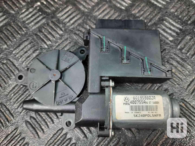 Prodám motorek stahování oken PP - FABIA 1 - 6Q1959802A - foto 1